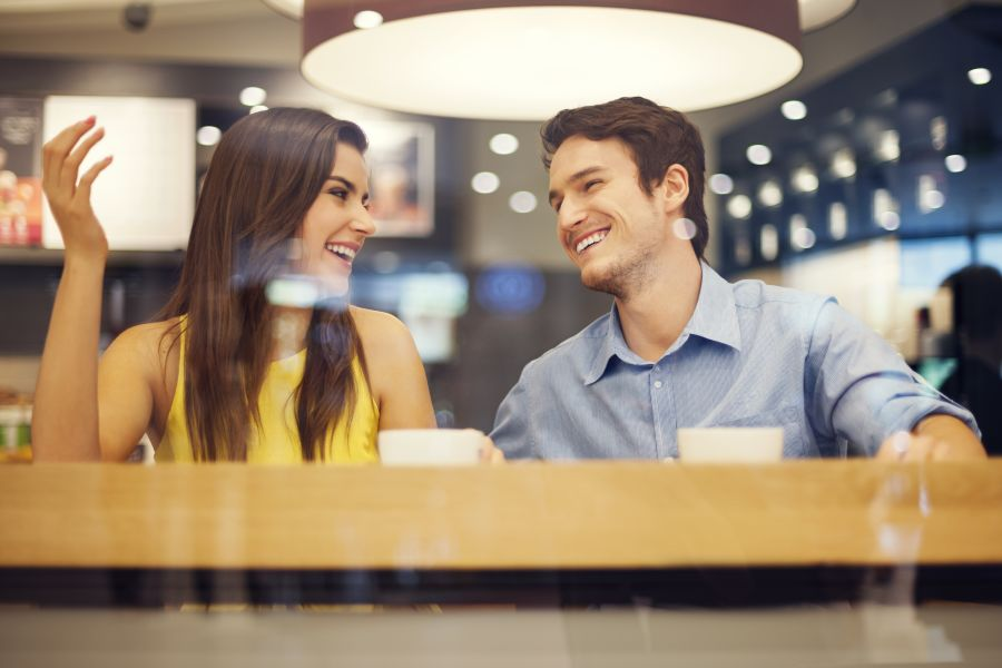 How to Compliment a Man Couple on Cafe